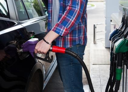 レンタカー返却前の給油